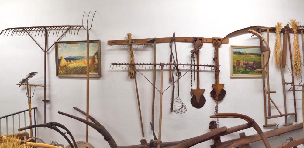 John Clement, Early Modern Harvest Art and Tools Exhibition (2014); Vogelsberg Heimatmuseum; Schotten, Germany