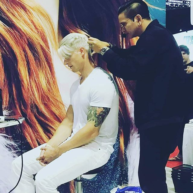 @jjsantiago our Joseph at work.  #snipsalon #Miami #salonstaff #snipmiami