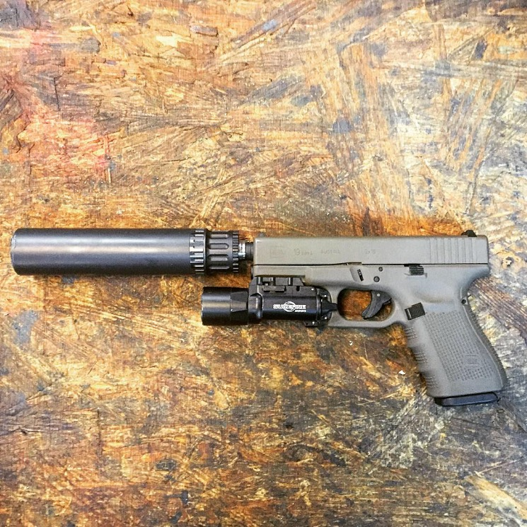 Glock 19 in Patriot Brown