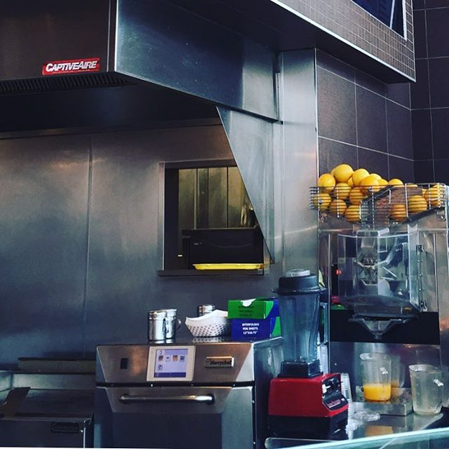 Ran into one of our w46 #automaticjuicer #orangejuice machines at The Original Soup Man.  #fresh #freshlysqueezed #juices #juice #juicelover #juicer #juiceplus #madeinamerica #madeintheusa #stainlesssteel #healthyfood #healthylifestyle #healthyeating #fruits #oj #oranges #stainlesssteel #streetstyle #nyc #orangejuice #orangejuicer #vegetables #vegetablejuice #juicer #vegetablejuicer