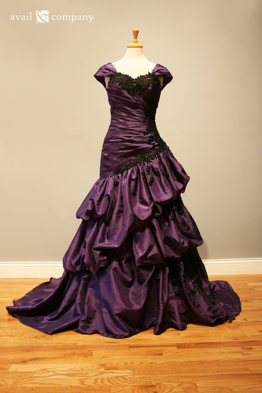 !Purple Wedding Dress Gothic Black Lace 002-0002.jpg