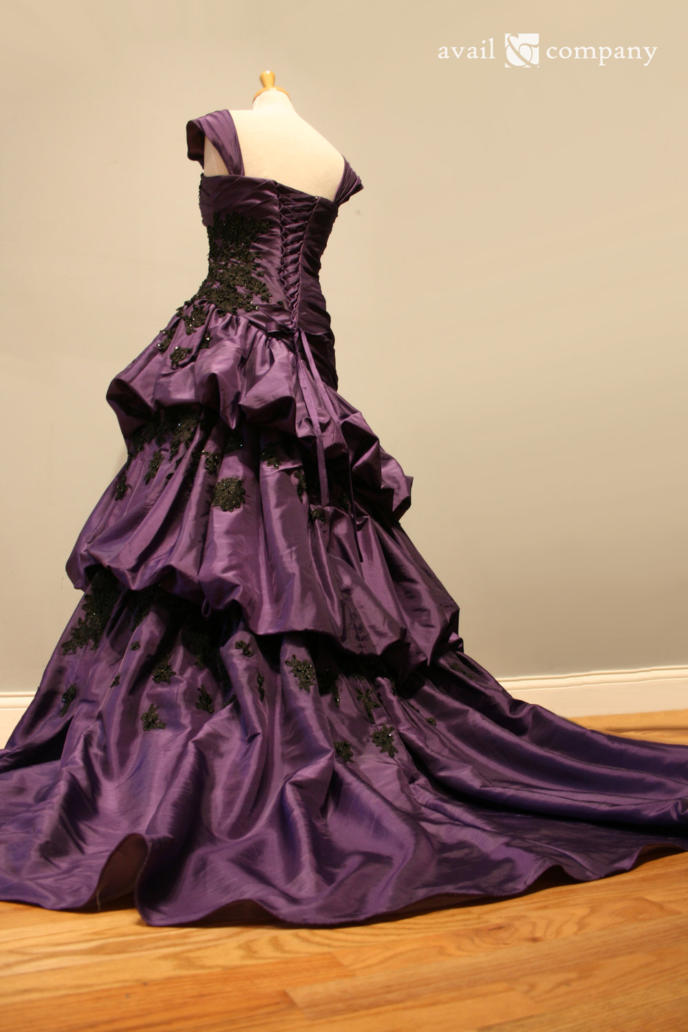 !Purple Wedding Dress Gothic Black Lace 007-0008.jpg