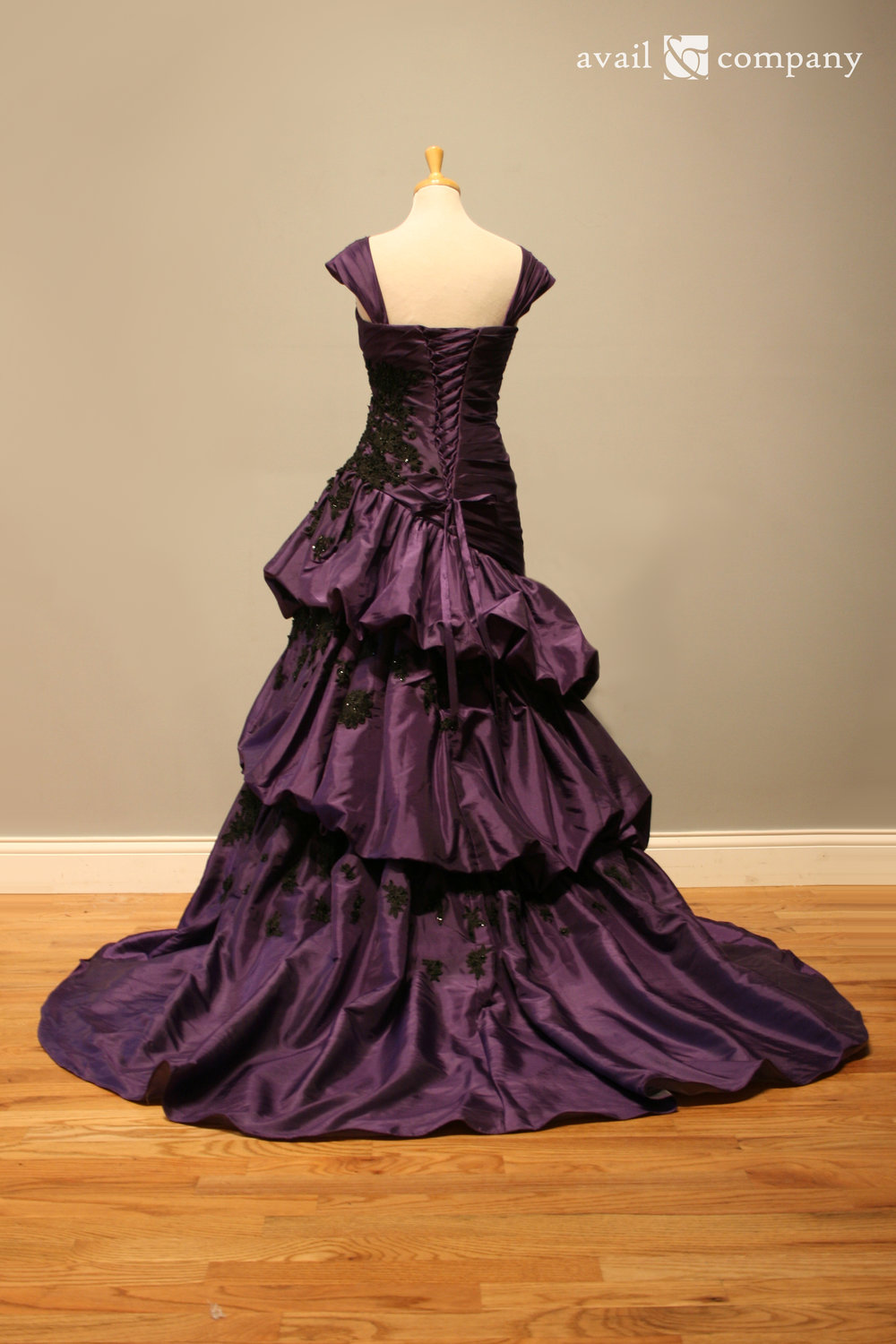 !Purple Wedding Dress Gothic Black Lace 008-0009.jpg