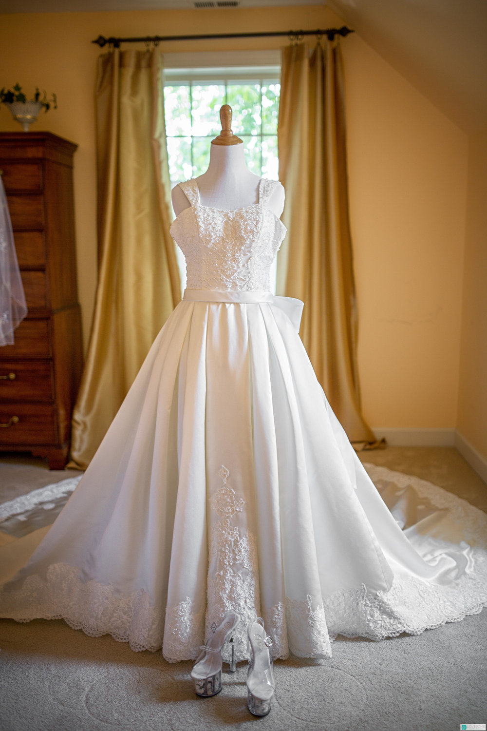 Ashley S - Custom Wedding Dresses by AvailCo (19 of 30).jpg