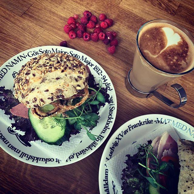 Starta morgonen med frukost på Cottino's Skafferi! #cottinosskafferi #frukost #bromma