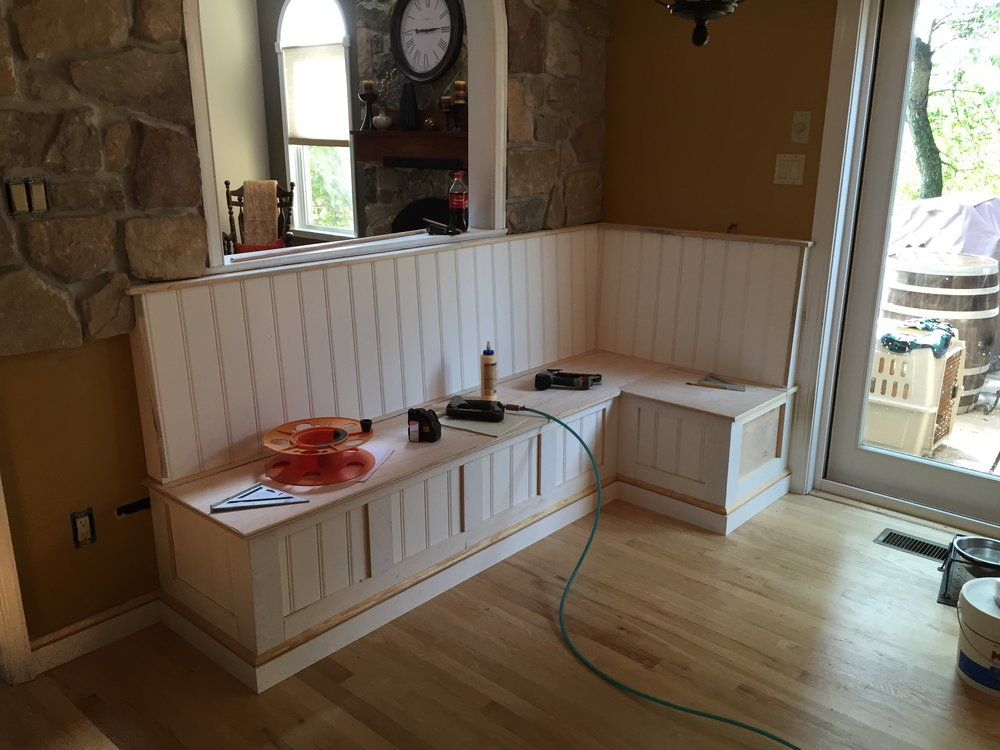 I trimmed the bench out to match the existing trim scheme of the home and used beadboard paneling to complete the back and lower face.
