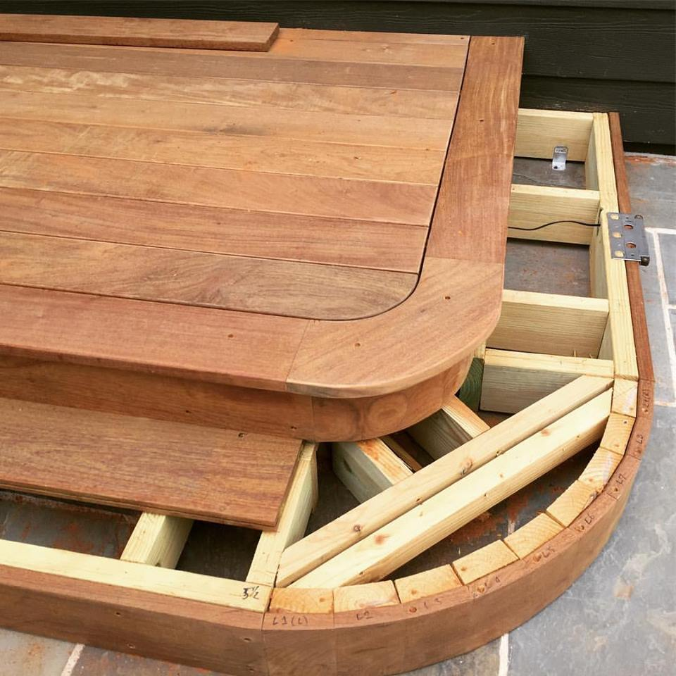 The upper stair tread also serves as a border for the main area of decking.