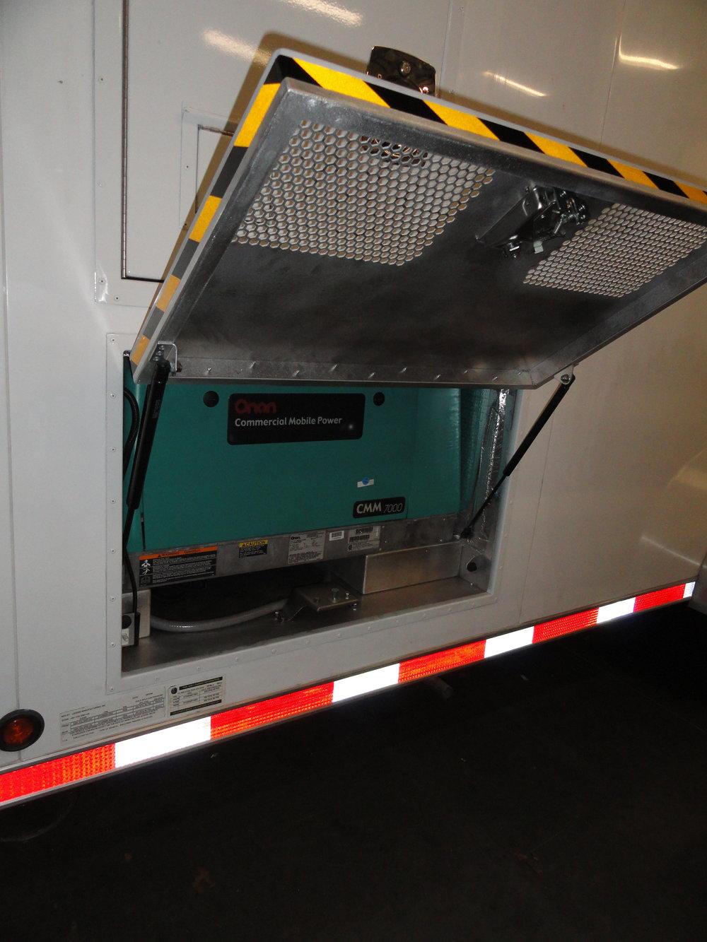 28 CVS - FBI HNT trailer  pic #2.JPG
