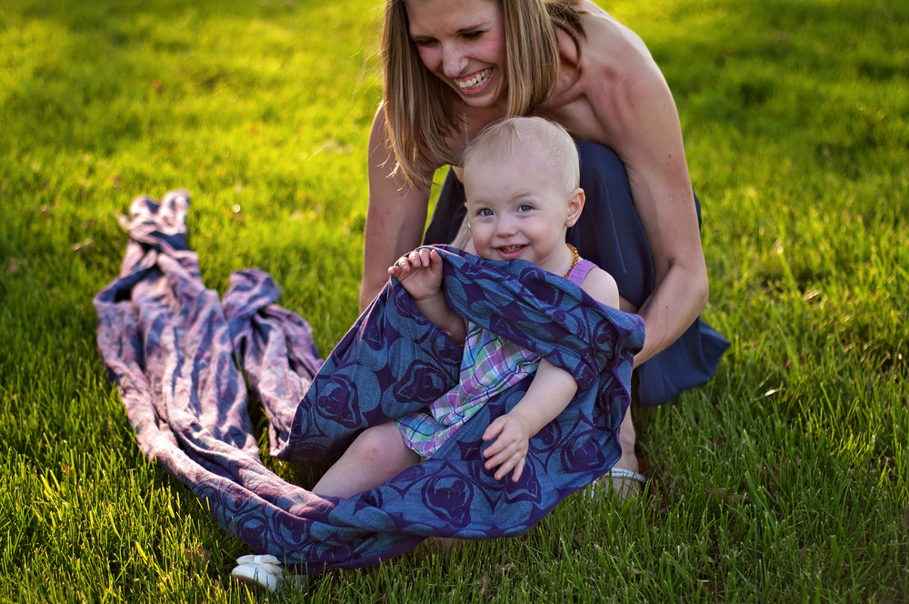 This photograph is from Jen's babywearing session with Tianna. See what I mean about the magnetic smile?