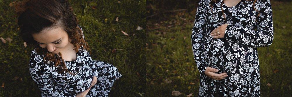 BrittneyHogue-MaternityPhotographer-PeoriaIL (1).jpg