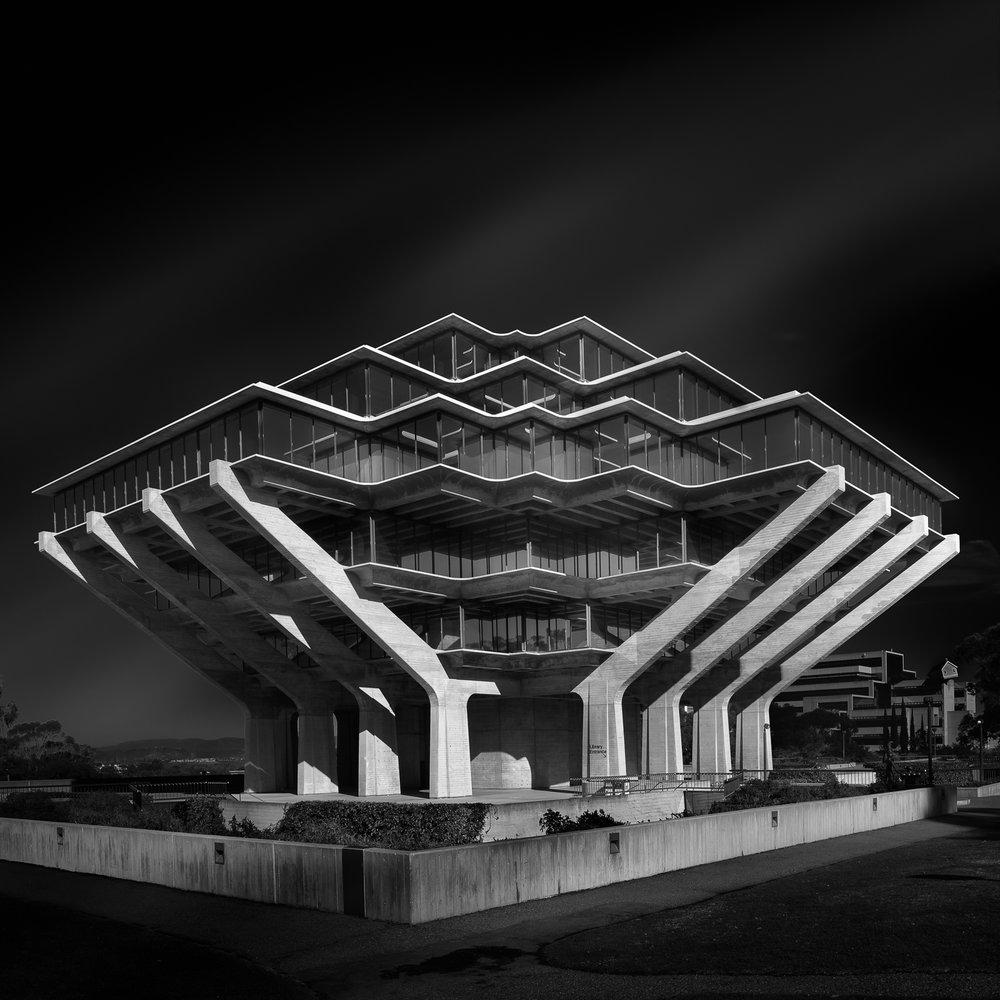 Swee Oh Geisel Library San Diego.jpg