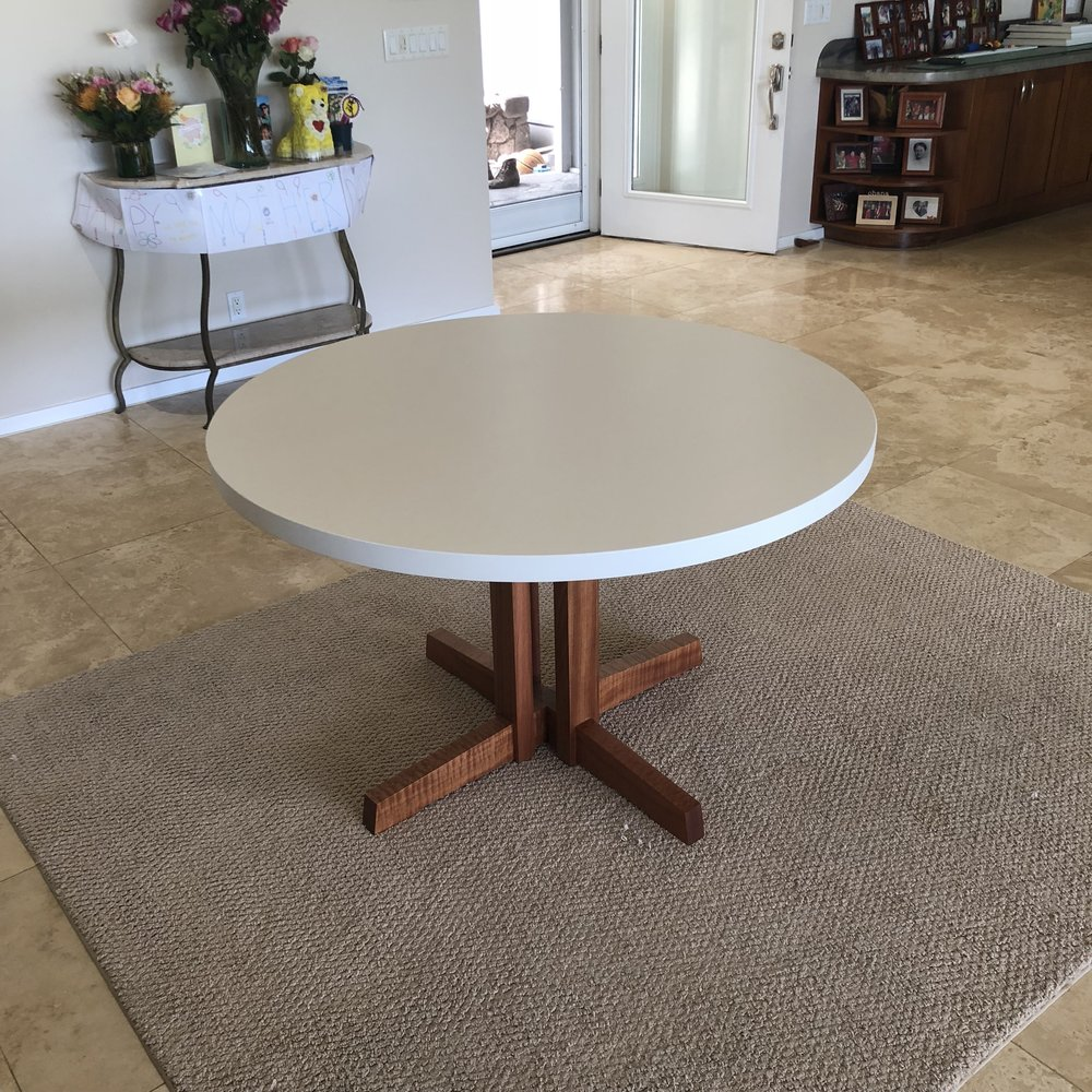 "48"" round kitchen table."