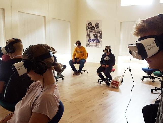 Hop ind i den virtuelle VR-biograf - Se flere forskellige Virtual Reality-film i 3D.Workshopholder: Khora Virtual Reality