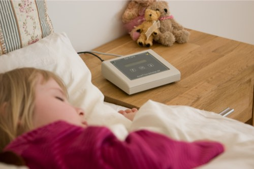Epi-Care 3000 uses a sensor placed on the mattress to detect epileptic seizures.