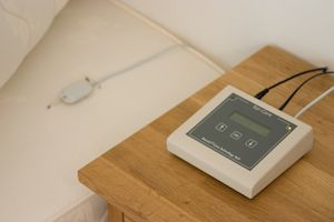 Epi-Care 3000 can be placed beside the bed, and the sensor underneath the mattress