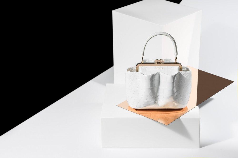 Italian bag designer, avanblanc bags, fashion blogger