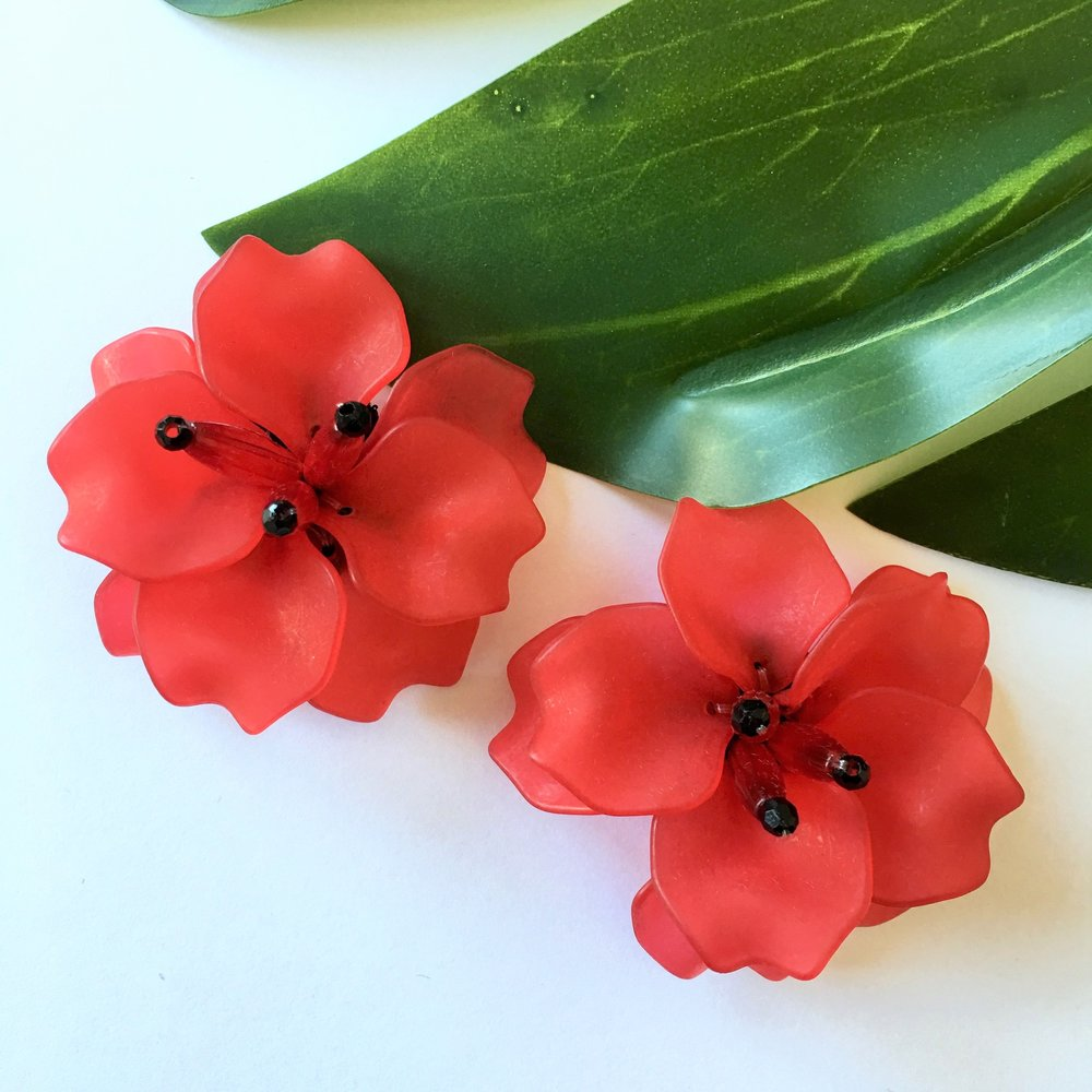 VERA_Fleur_de_Lis_Earrings_Red.jpg