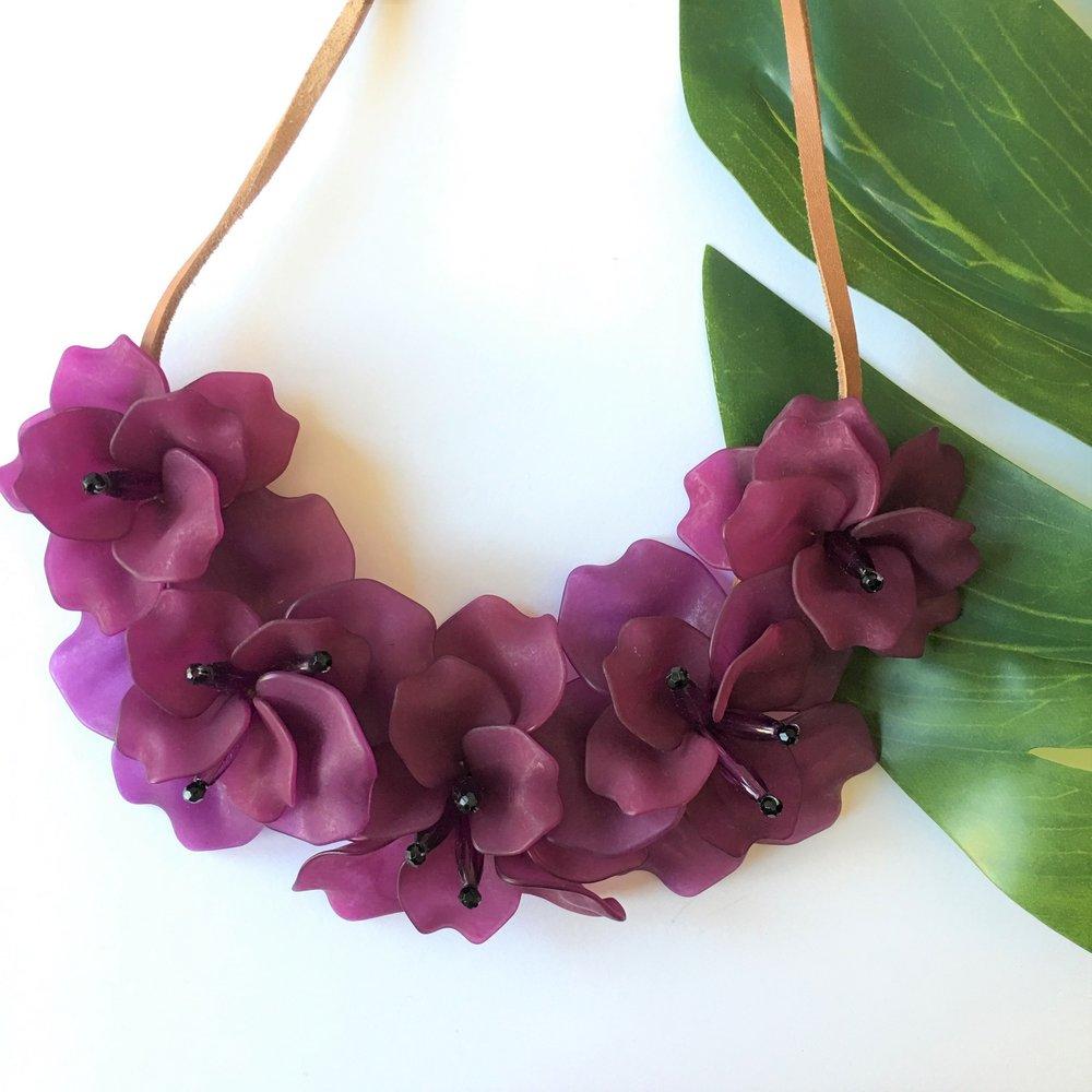 VERA_Fleur_de_Lis_Necklace_Violet.jpg