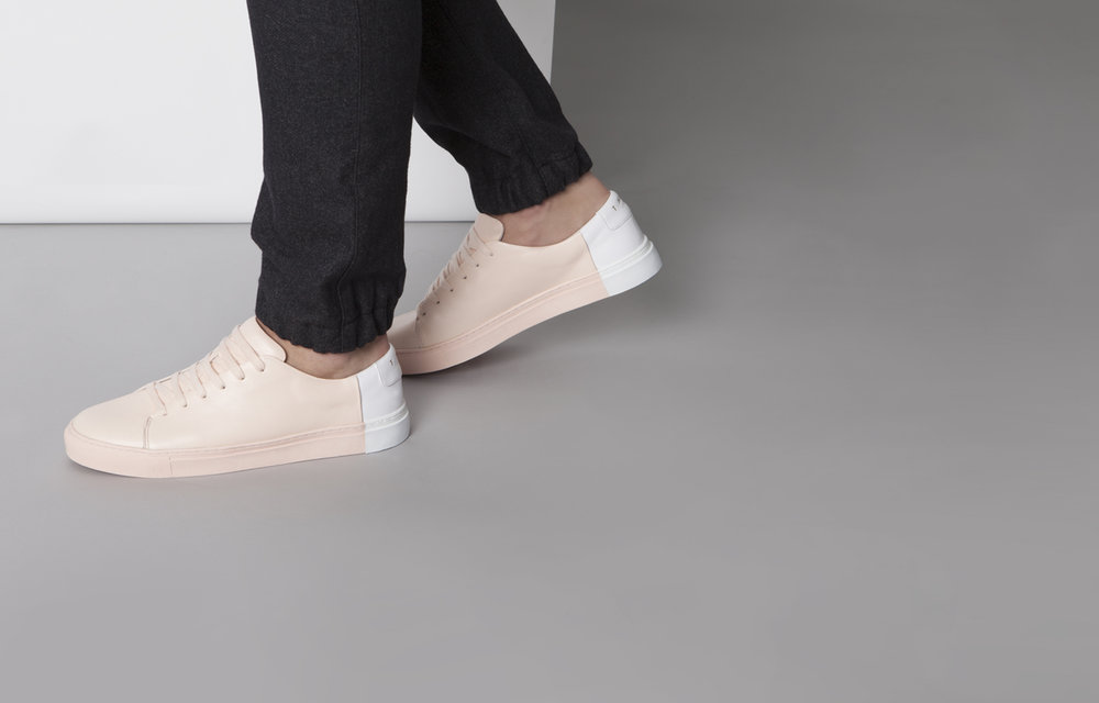 Minimalistc design sneakers blush