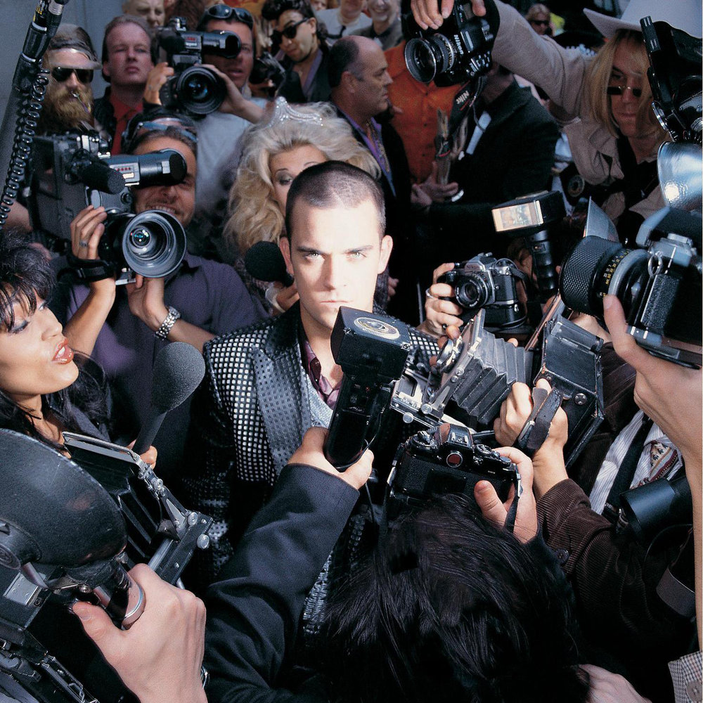 robbie-williams-life-thru-a-lens.jpg