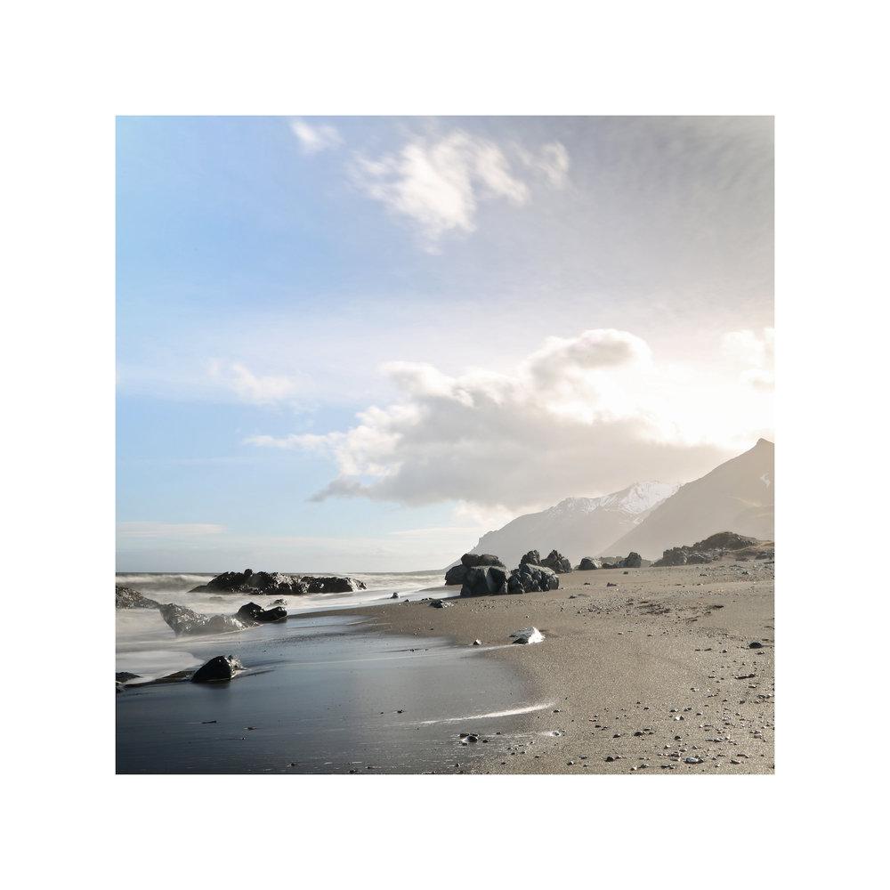 iceland_beach_abe neihum.jpg