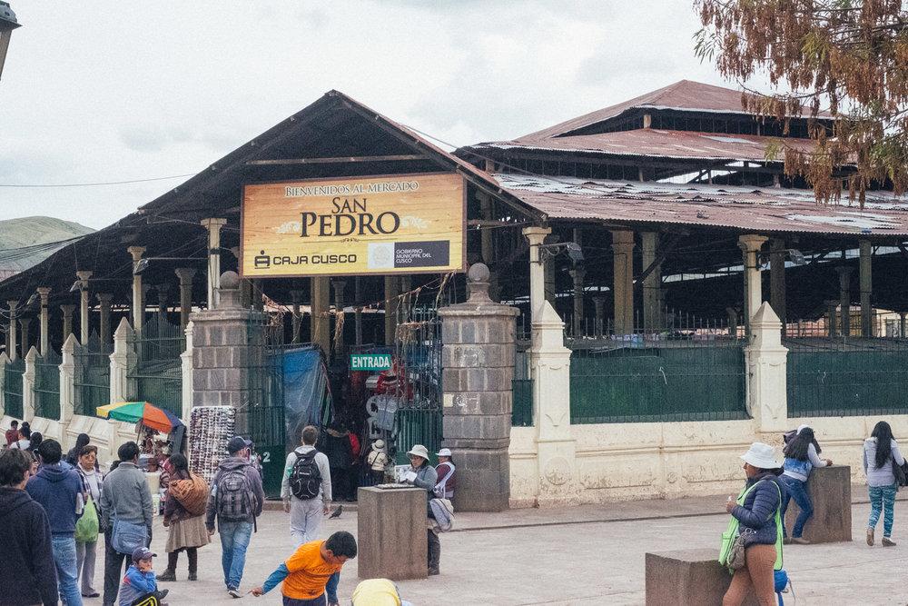 Cusco_Mercado_SanPedro.jpg