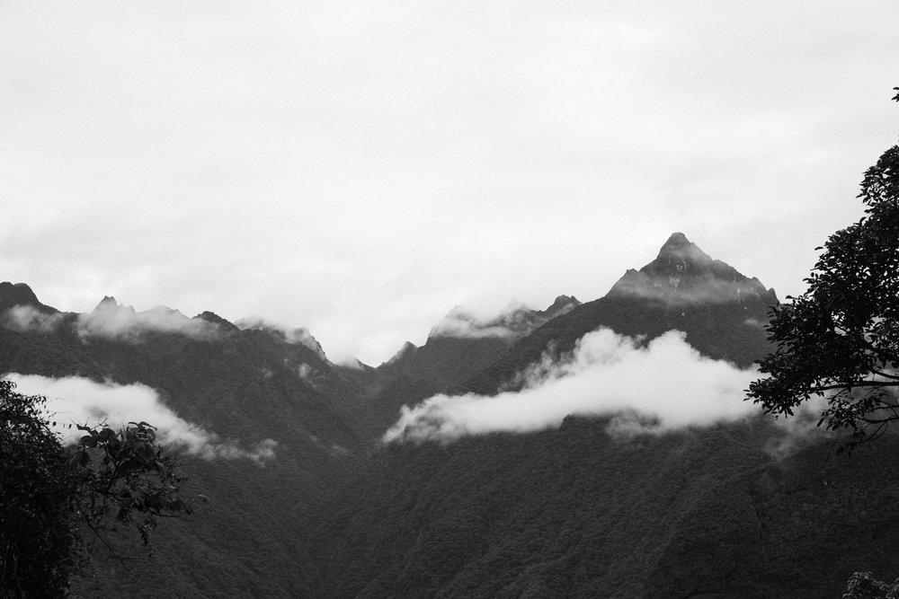 Montanhas em Machu Picchu - Fuji XT2 + VSCO Presets