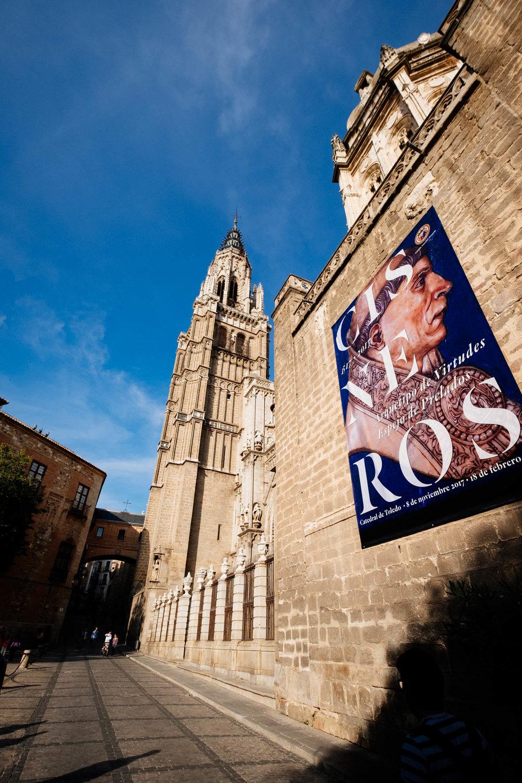 Detalhes de fora da Catedral de Toledo