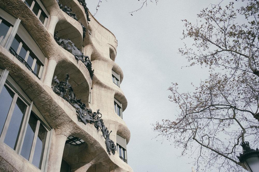 Buildings_of_Barcelona (10 of 14).jpg