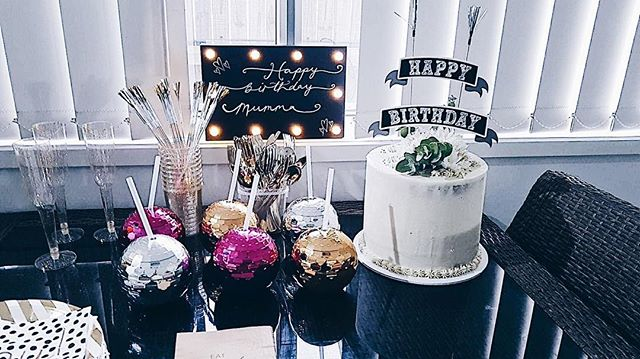 Archi-cake-ture cake looking pretty for the Birthday Girl 😍 @lacey__evans surprising her Mum ⭐️✨create, construct, demolish✨ #archi_cake_ture #cakedecorating - - - - #cake #brisbanecakes #brisbane #brisbanefood #sweets #dessert #cakesofinstagram #brisbanecake #instacake #baking #cupcake #brisbanedessert #cakeart #bakeninja #cheatmeal #partycake #buttercreamcake #cakesofinstagram #brisbaneevent #cakeart #cupcakes #flowers #flowercrown #flowercake #yum #white #whitecake