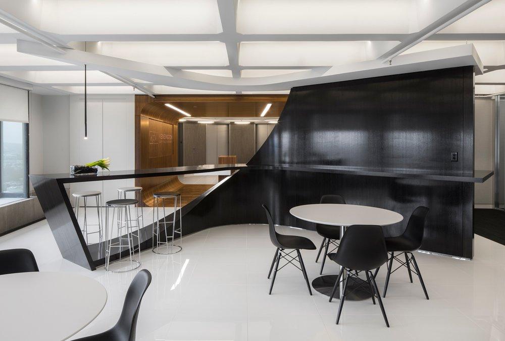 Kensington_Capital_Ventures_Holdings_Corderman_Construction_Office_Finance_Boston_Cafe.jpg