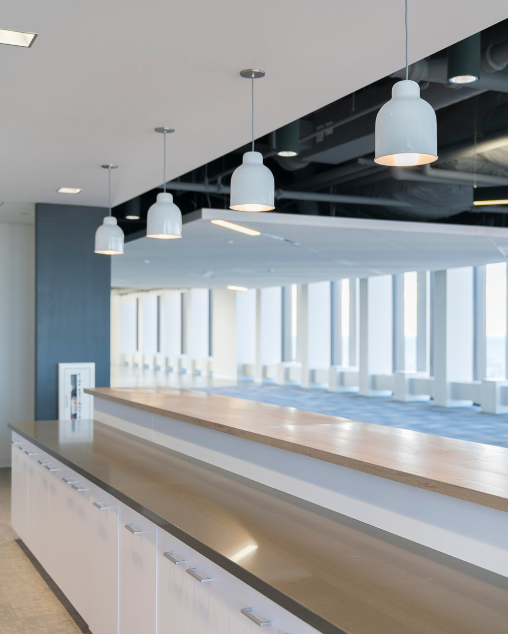 CBRE_Corderman_Construction_One_Boston_Place_Counter.jpg