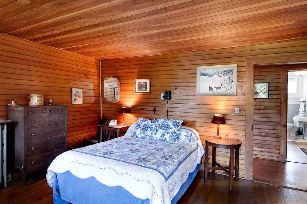 adirondack-real-estate-lake-placid-ny-camp-solitude-11.jpg