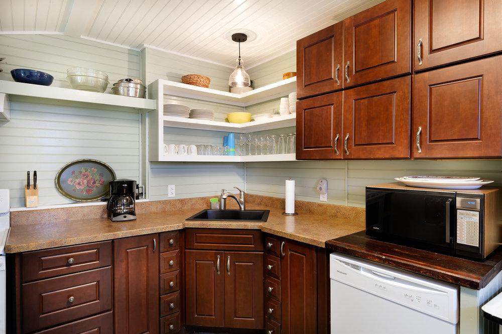 Camp-Solitude-Kitchen-3.jpg