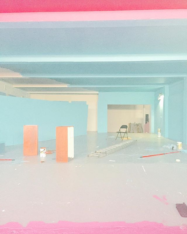 TB to artwork for @sydkemp's Bold Lines/ @a_ghost_column_ painted the entire warehouse two years ago with a team of six ladies in bright blue and pink for a Let Them Eat Cake pop up. 💙 #boldlines #sydkemp #artwork #productionassistant #painting #inthenameoflove #ofcake #popup #recordlabel #ep #photooftheday