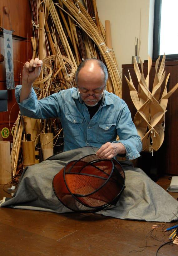 http---cdn.cnn.com-cnnnext-dam-assets-180112121148-japanese-artist-fujitsuka-shosei-works-on-bamboo-basket-in-his-studio.jpg