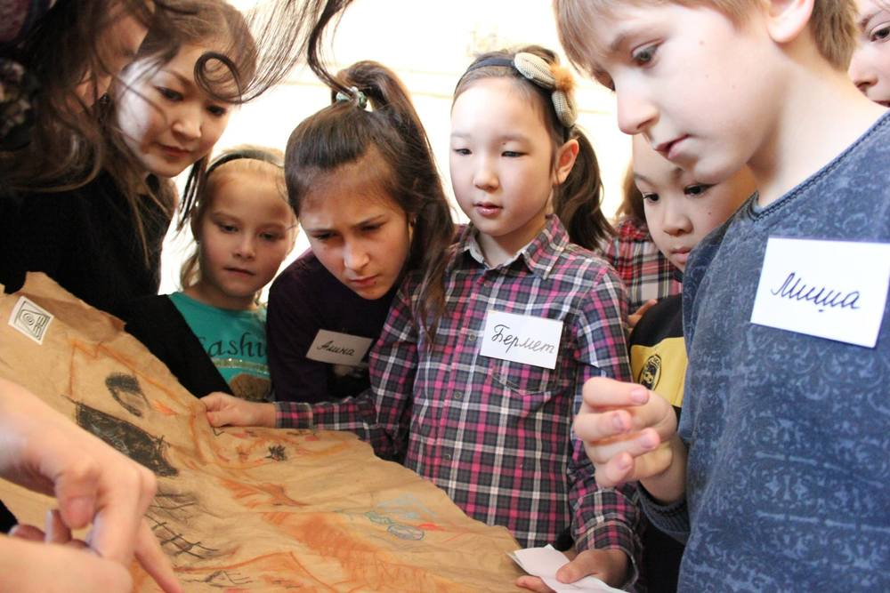 Building bridges between children and the Museum of the Gapar Aitiev Kyrgyz National Museum of Fine Arts (Kyrgyzstan)  Cholpon Tentieva, director of public activities, attended an Arts Mediation workshop organised by the Programme.