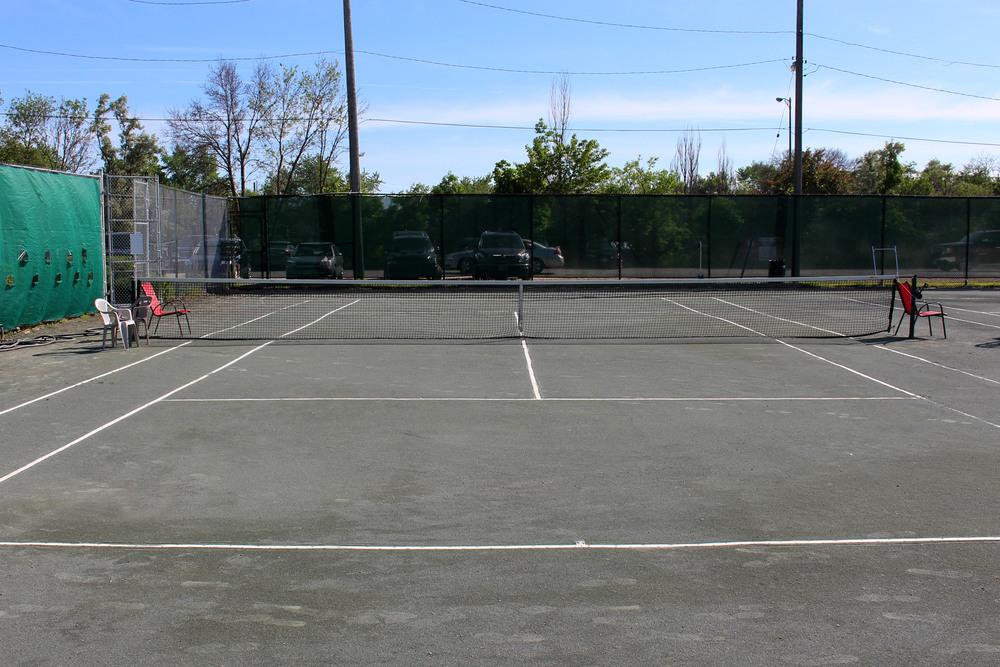 tennis_courts_01.jpg