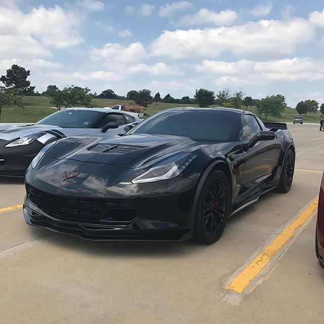 I see #blackmamba is here and looking good outside of the show.  @corvettes918