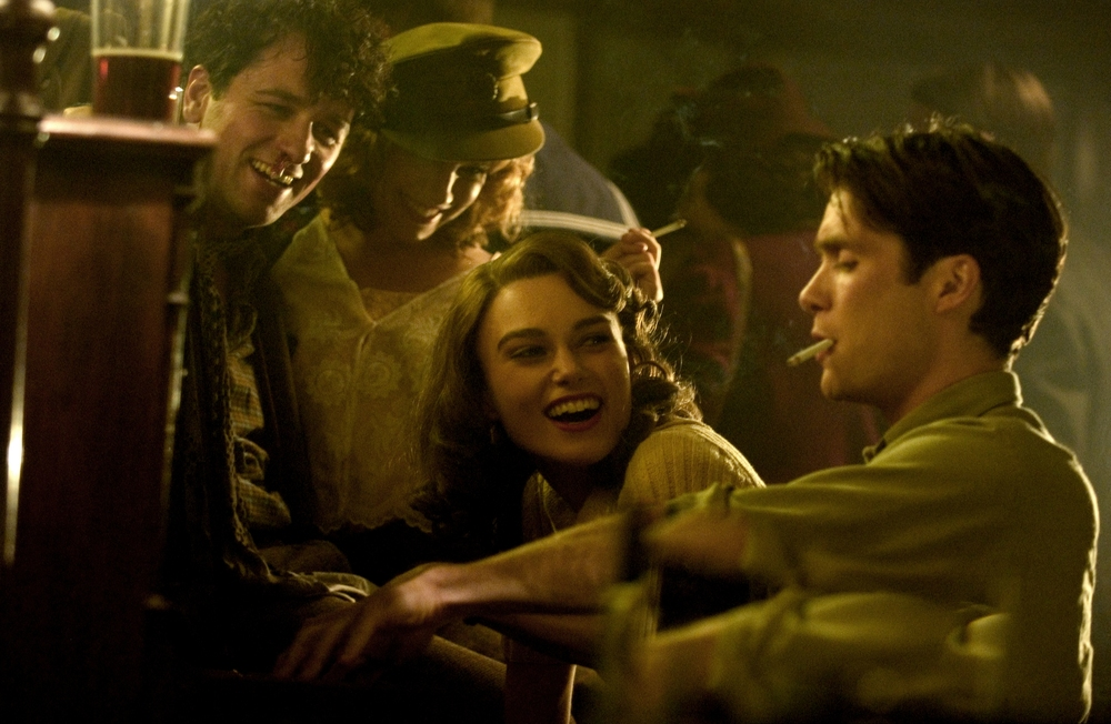 Matthew Rhys, Sienna Miller, Keira Knightley and Cillian Murphy in The Edge Of Love