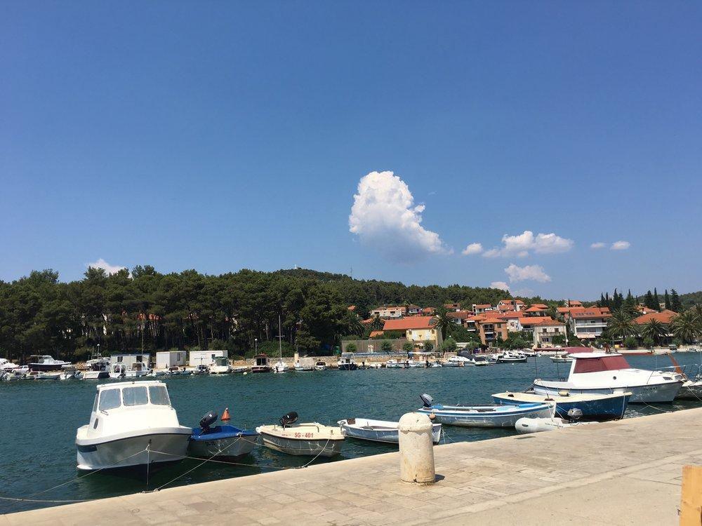 Stari Grad Harbor