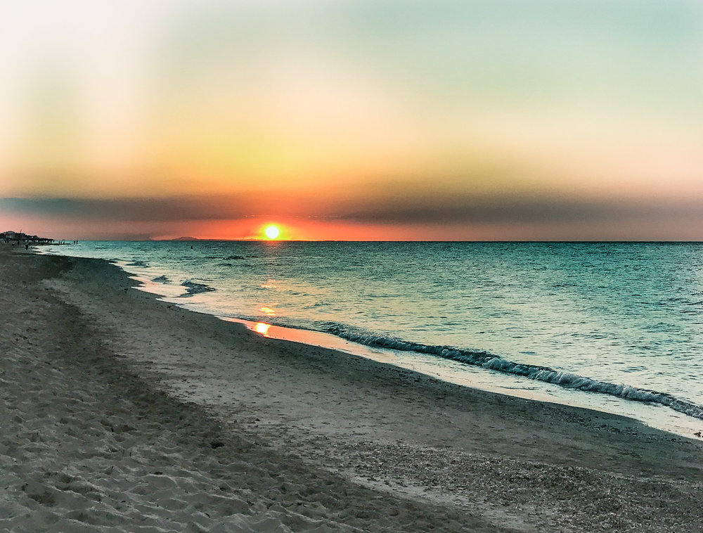 The gorgeous sunset from the beach in Varadero.