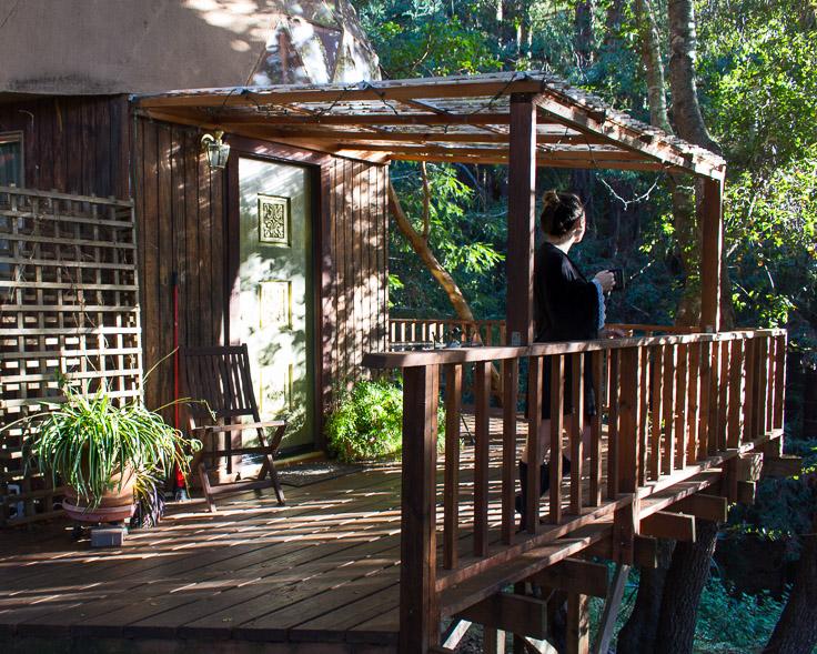 airbnb-mushroom-dome-aptos.jpg