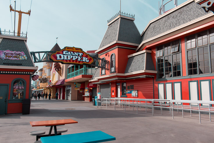 The entrance to the Giant Dipper rollercoaster.