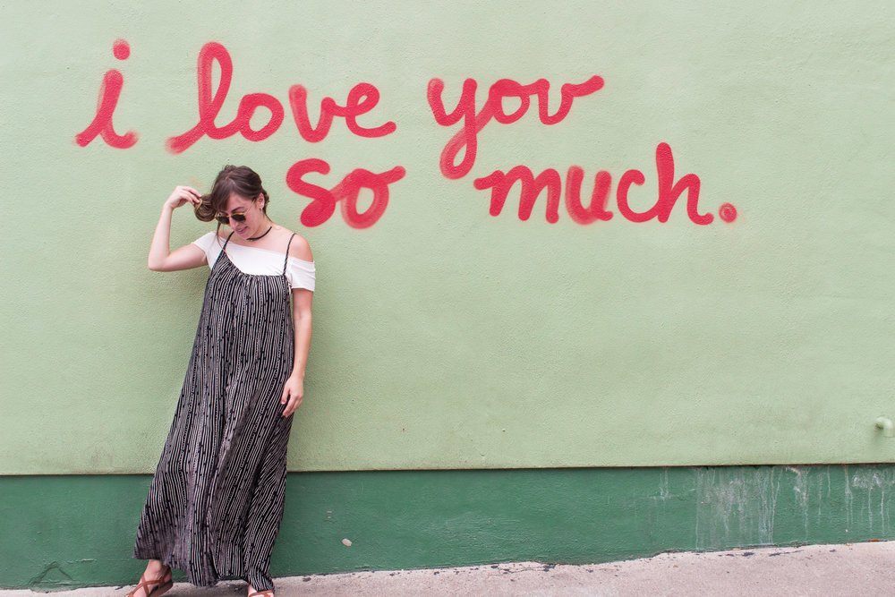 "The famous ""I love you so much"" sign in Austin, Texas."