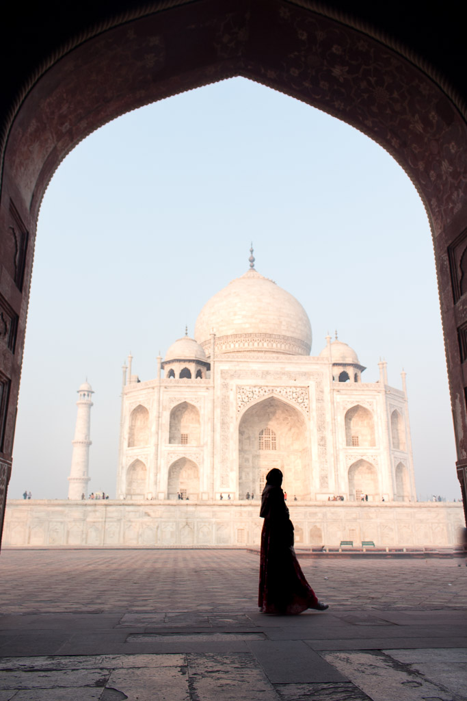 After taking pictures by the reflection pool, head to the wall at the right of the Taj Mahal for the view of the sunrise.