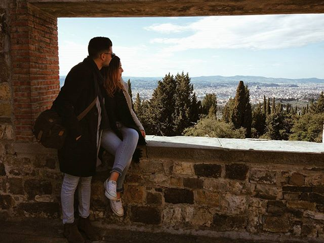 Couldn't be any happier! Great times ahead ❤ #florence #fiesole #tuscany #italy #castellodivincigliata #view #breathtaking #country #medievalcastel #vanessawedsdavid #lovehim #weddingplanning #wedding2018 #fiance
