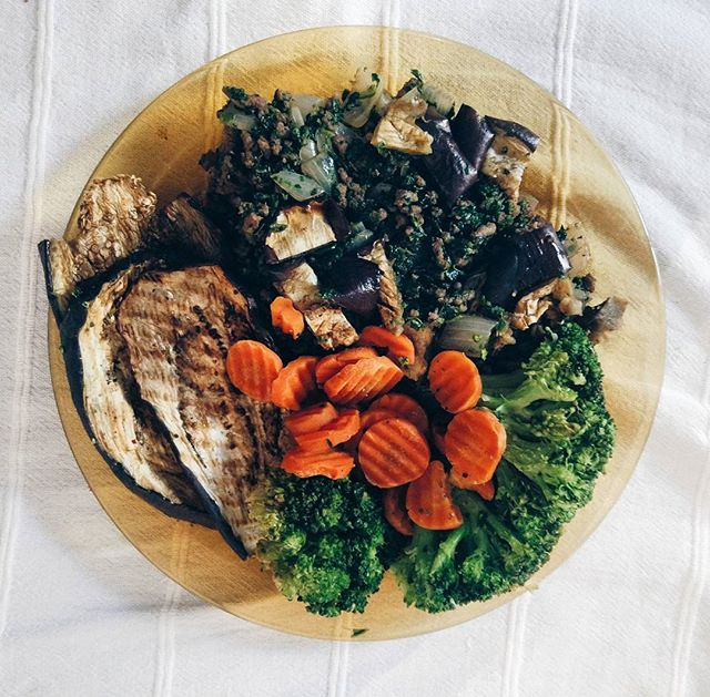 Back on track 👌❤ #postholiday #healthyeating #veggies #goodfood #detox #feelgood #travel #dreamandwander #wanderlust #instatravel #travelblogger