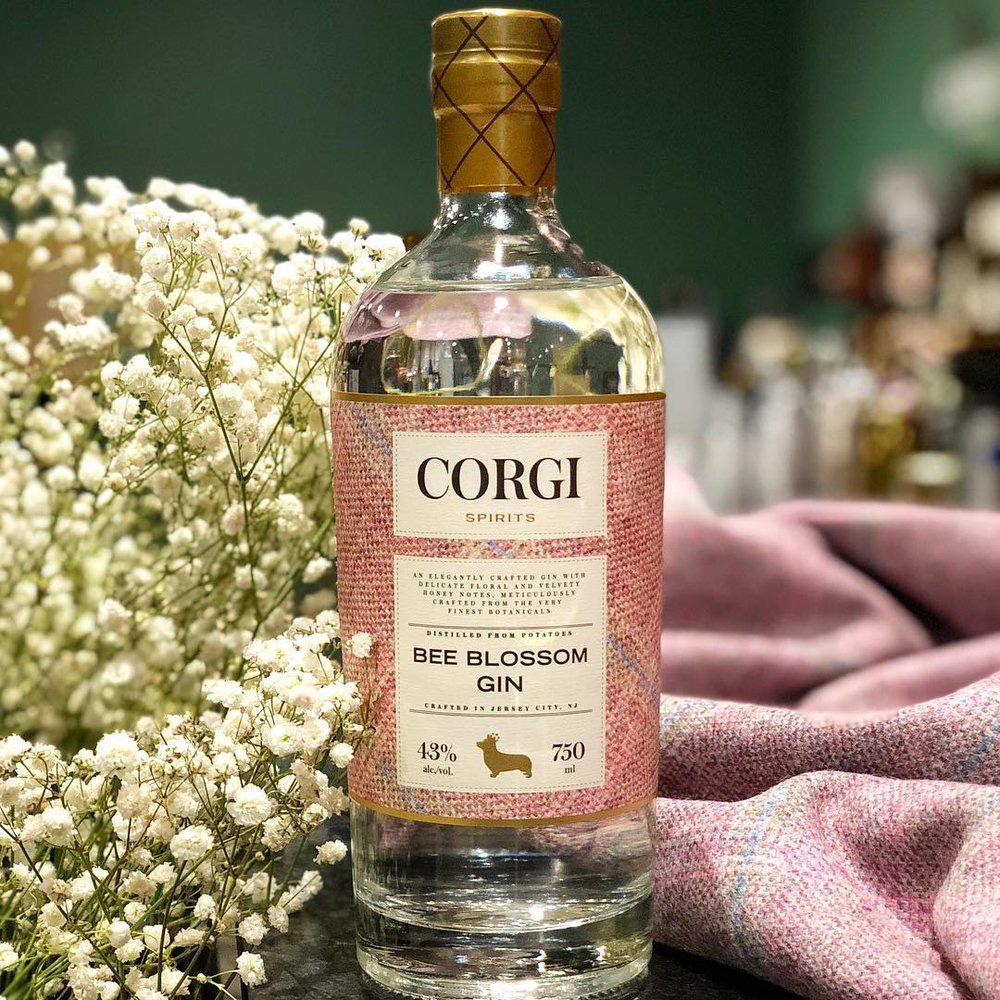 corgi-spirits-bee-blossom-gin.jpg