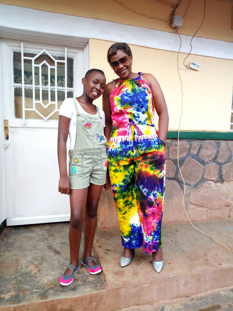Shema (left), Jackie (right)